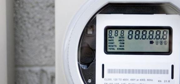 Digitale meter half jaar uitgesteld en nog niet voor mensen met zonnepanelen