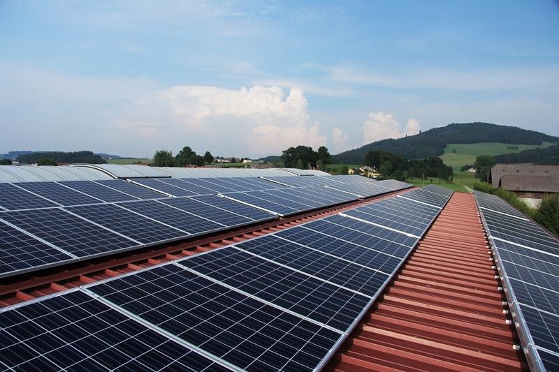 Overheid vindt de weg naar zonnepanelen via VEB
