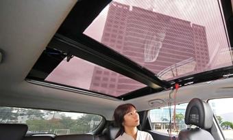 Zonnepanelen in dak of motorkap van nieuwe Hyundai's