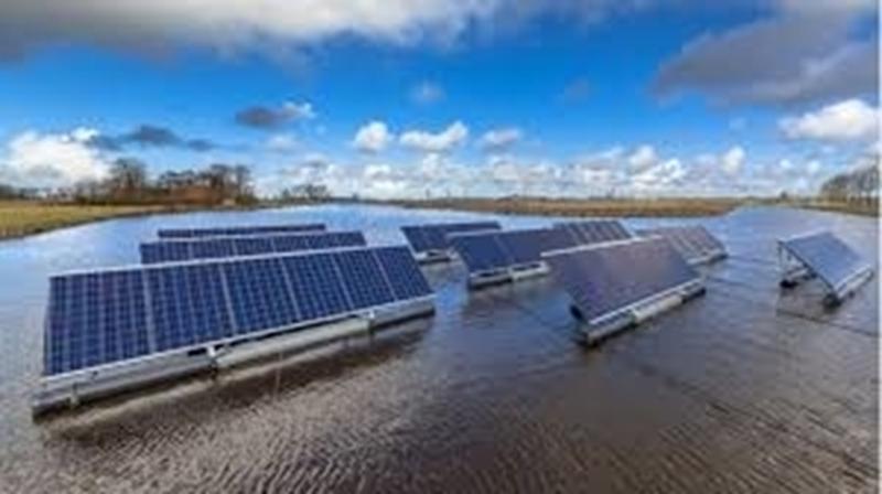 Zes nieuwe projecten drijvende zonnepanelen