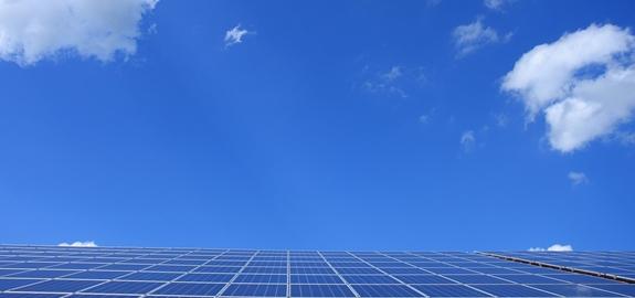 Zonne- en windenergie is van cruciaal belang voor de watervoorziening in de landbouw, vindt nieuw onderzoek