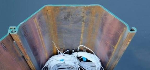 Aangesloten op een warmtepomp levert zelfs de damwand energie