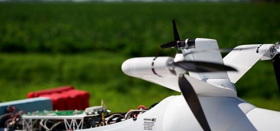 Windenergie opwekken met een vliegtuig boven zee