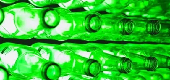 Schip op biobrandstof maakt Heineken's transport duurzamer