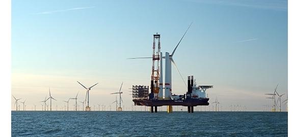 Eerste gezinnen krijgen stroom van grootste windpark in België