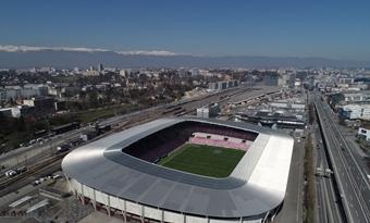 Het dak van het stadion van Genève wordt omgebouwd tot een zonne-installatie met participatieve financiering