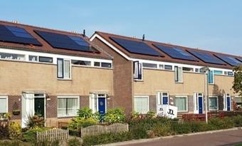 Onderzoek over duurzame warmte bij woningcorporaties: 'Kansen voor zonneboiler met warmtepomp'