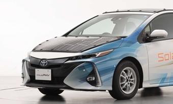 Toyota test zonnepanelen op elektrische auto