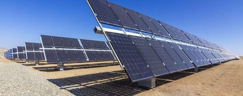 Bifaciale zonnepanelen leveren 40 procent meer energie