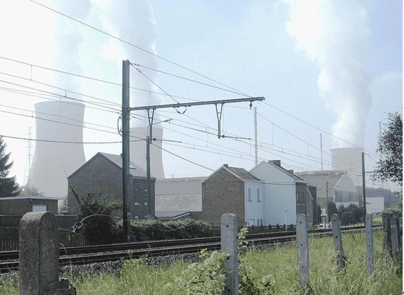 Onderzoek in 123 landen: kerncentrales en hernieuwbare energie gaan niet samen