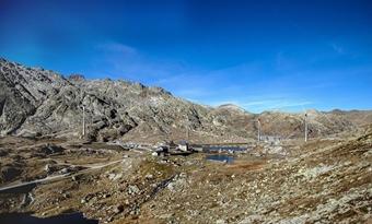 Zwitsers windpark na 18 jaar eindelijk geopend