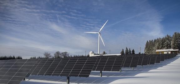 Rapport IRENA: energietransitie kan meer dan 40 miljoen banen in hernieuwbare energie opleveren