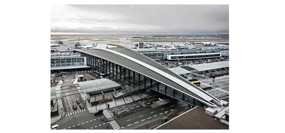 Industriële warmtepomp verbetert het rendement van een gasketel op de luchthaven van Kopenhagen