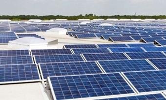Tweezijdige zonnepanelen werken twintig procent beter