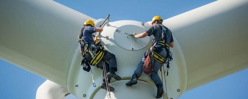 Windmolens slopen: slimme manier om hout in turbinebladen opnieuw te gebruiken