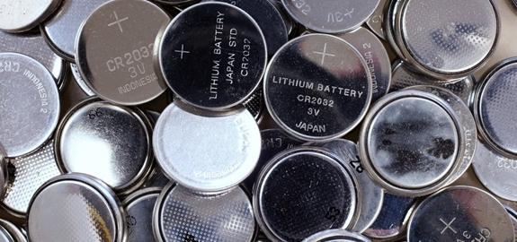 Zweedse wetenschappers presenteren organische batterij voor opslag zonne-energie