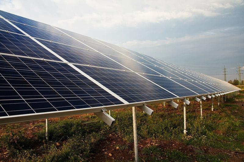 Hoe groot is de klap van coronacrisis voor duurzame energie?