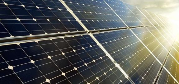 Succesvol getest: dubbelzijdig zonnepaneel met gelijke opbrengst per kant