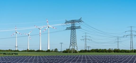 Wereld vestigt record aan nieuwe hernieuwbare energiecapaciteit in 2020