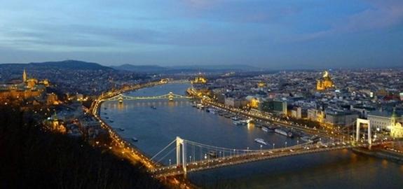 Boedapest gaat geothermisch stadsverwarmingssysteem tot 20 MW installeren