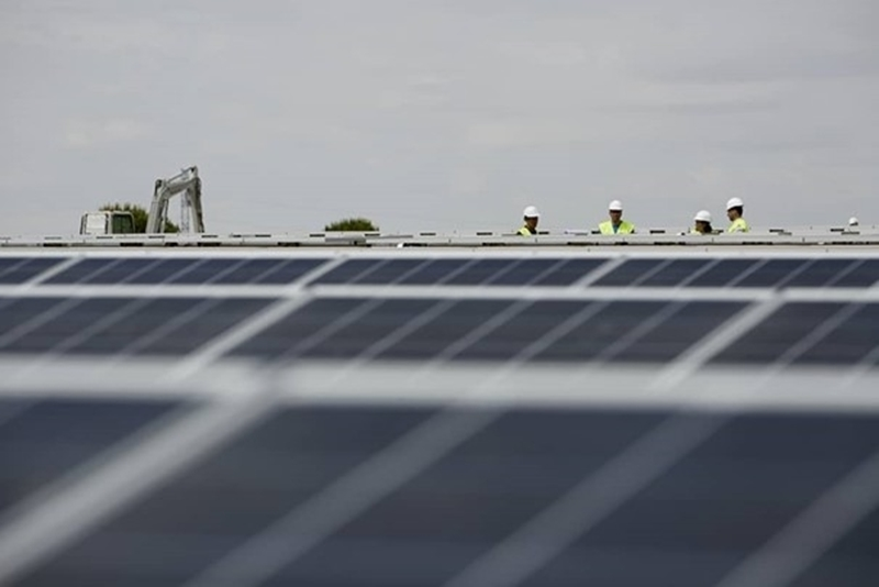 Europa's grootste fotovoltaïsche zonne-installatie krijgt vorm in Spanje