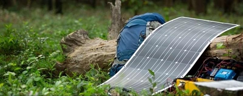 Zonnecellen uit Singapore wegen de helft van de gewone panelen en passen dus op meer daken