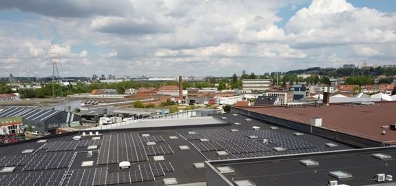 Project Solar op kruissnelheid: 28.000 zonnepanelen geplaatst op Belgische retailparken tegen eind dit jaar